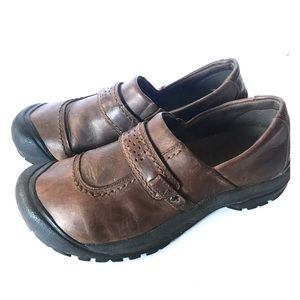 KEEN leather CLOGS